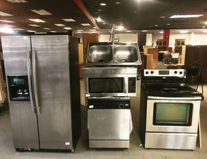 Kitchen Stainless Appliances $1300 for Sale in Atlanta, GA