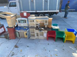 Lots of kids toys and chairs for Sale in Los Angeles, CA