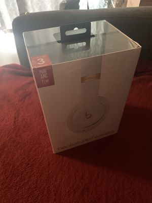 Beats Studio3 Wireless Over-Ear Noise Canceling Headphones - White for Sale in Addison, IL