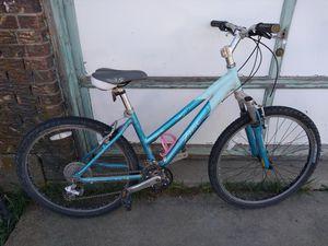 Trek 3900 woman's mountain bike for Sale in Arvada, CO