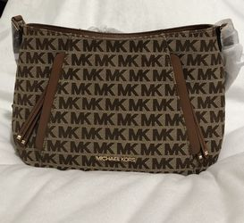 NWT: Michael Kors Evie Logo Jacquard Messenger Bag for Sale in Kearny,  NJ