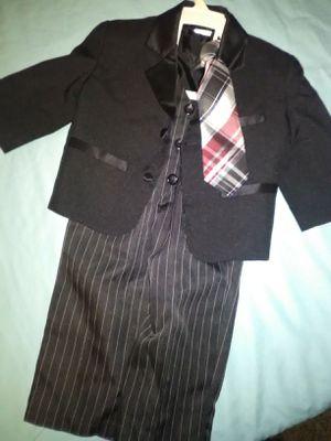 Boys suit 12 - 18 months for Sale in Le Roy, MI
