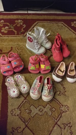 *REDUCED* Baby girl shoes size 3 for Sale in Niceville, FL