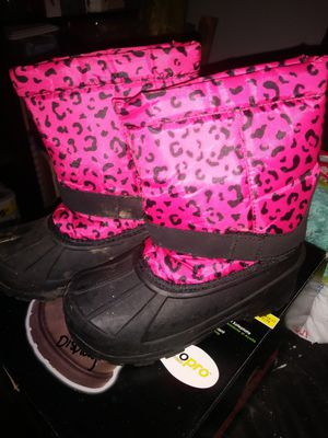 Girls winter boots for Sale in Decatur, AR