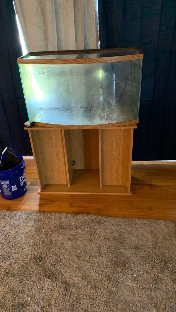 46 Gallon bowed aquarium fish tank