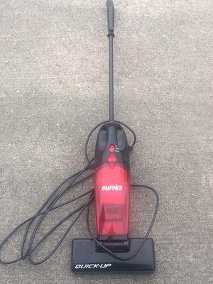 Compact Eureka Vacuum cleaner aspiradora for Sale in Houston, TX