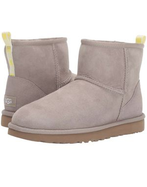 Women's ugg boots for Sale in Philadelphia, PA