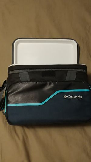 Columbia Cooler 6-pack for Sale in Portland, OR