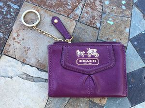 Coach leather skinny id key chain wallet card holder for Sale in Gallatin, TN