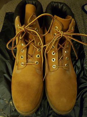 Men's classic wheat timberland boots sz 8 for Sale in West Park, FL
