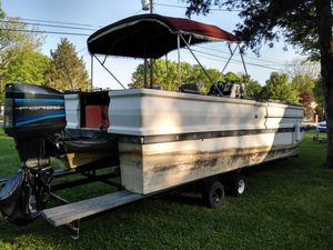 1988 28ft Ventura pontoon for Sale in Murfreesboro, TN