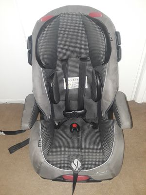 Car seat and booster seat Alpha elite, like new. for Sale in Riverside, CA