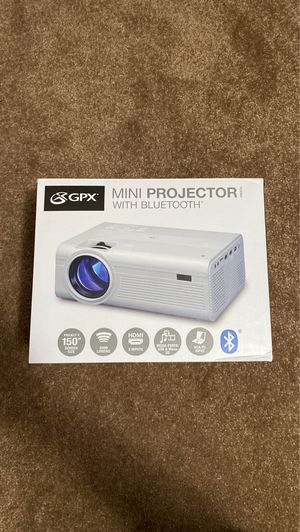 New mini projector with Bluetooth GPX PJ308W for Sale in Brandon, FL