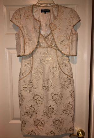 Off White Dress! Size 4 for Sale in Chula Vista, CA