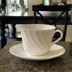 Wedgwood Bone China Made In England Tea Cups & Plates for Sale in Las Vegas, NV