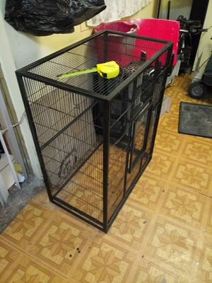 Bird cage .missing plastic food tray for Sale in Orlando, FL