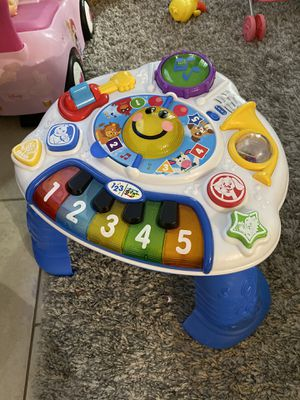 Baby play and learn toy for Sale in Delray Beach, FL