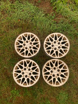 """Jeep 16"""" Stock Rims Wheels for Sale in Snohomish, WA"""