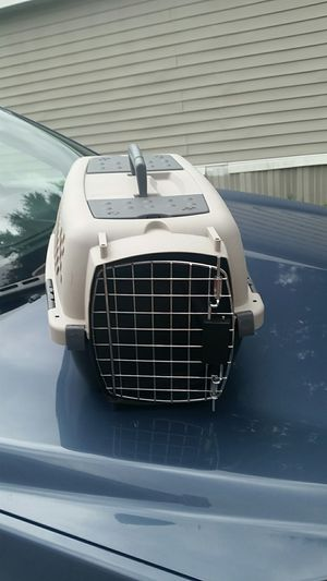 Small dog cage for Sale in Tampa, FL