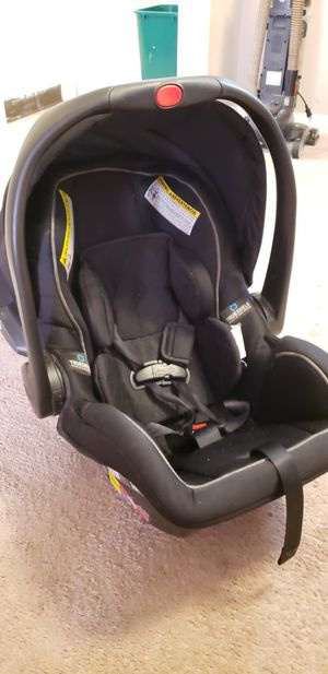 Graco car seat for Sale in Cincinnati, OH