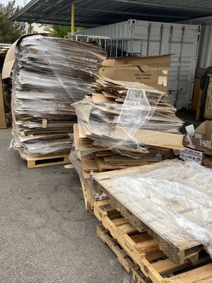Cardboard free for Sale in Long Beach, CA