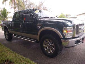 08 Ford 350/ Diesel for Sale in Miami, FL