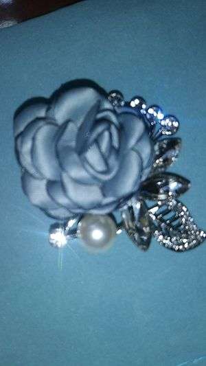 Pretty luxury woman with light blue rhinestone bling faux pearl brooch silverytone. for Sale in Richmond, CA