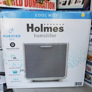 HOLMES COOL MIST HUMIDIFIER $65 for Sale in Moreno Valley, CA