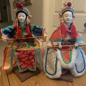 """Vintage Set of CHINESE OPERA HAND PUPPET DOLLS FOLK ART with Stands 13"""" Each for Sale in Chandler, AZ"""