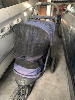 Nice dog stroller for Sale in Stockton,  CA