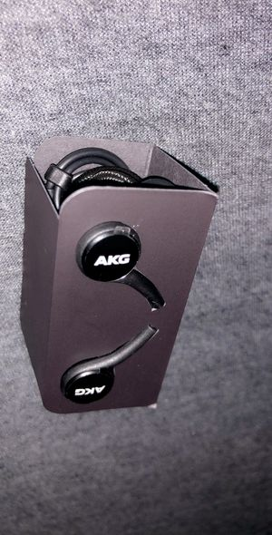 $9 NEW SAMSUNG AKG HEADPHONES USB-C for Sale in Chicago, IL