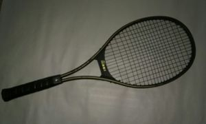 Kennex tennis racket for Sale in Aloma, FL