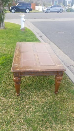 Free coffee table for Sale in Costa Mesa, CA