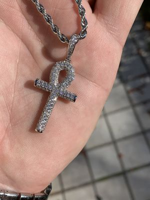 14k white gold rope chain and diamond cross for Sale in Tampa, FL