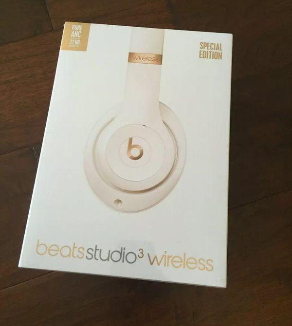 Beats Studio3 Wireless Headphones Porcelain Rose