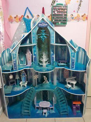 Frozen castle for Sale in Fresno, CA