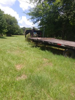 32 ft Car Hauler Gooseneck Trailer for Sale in Lufkin, TX