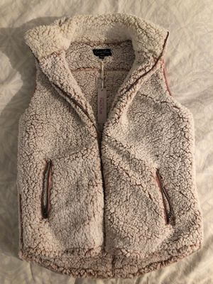NWT Small Sherpa vest for Sale in Washington, DC