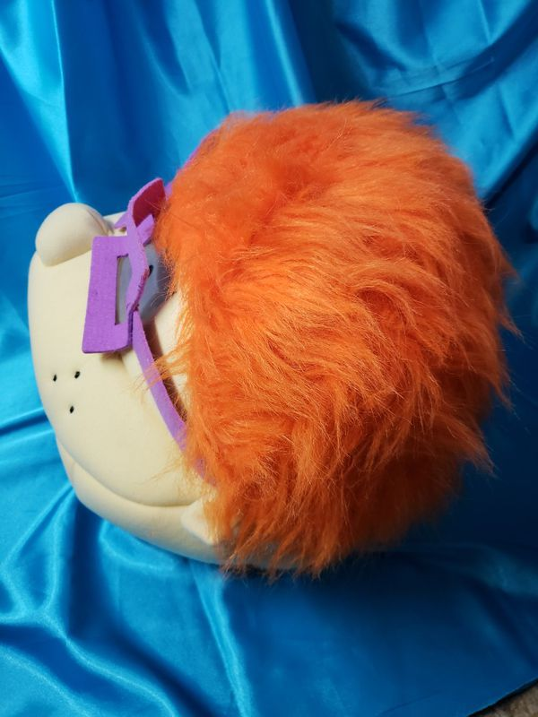 Chuckie Maskimals Oversized Plush Mask Made of high-quality soft plush material Age Range: 14 years and up6