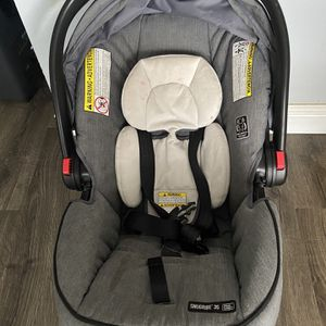 Graco infant Car Seat. for Sale in Sunnyvale, CA