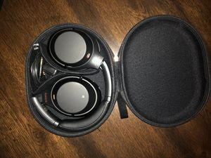 Sony WH-1000XM3 Noise Cancelling headphones for Sale in Whittier, CA