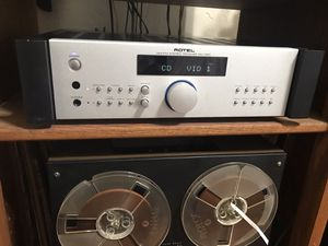 Rotel Rx-1050 receiver amplifier for Sale in Los Angeles, CA