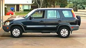 1998 Honda CR-V automatic SUV original owner Salvage 300,000 miles for Sale in San Diego, CA
