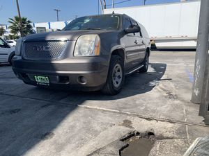 2013 GMC Yukon Denali For parts for Sale in Los Angeles, CA