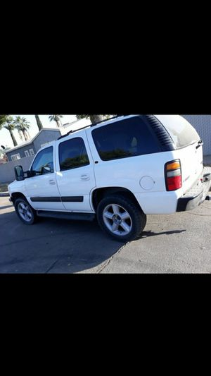 CHEVY TAHOE OUTSIDE PARTS for Sale in Fresno, CA