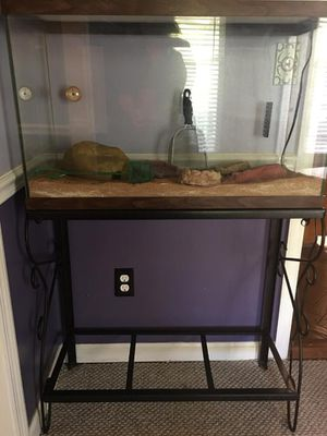 30-35 Gallon Reptile tank with metal stand. All accessories included. for Sale in Tullahoma, TN