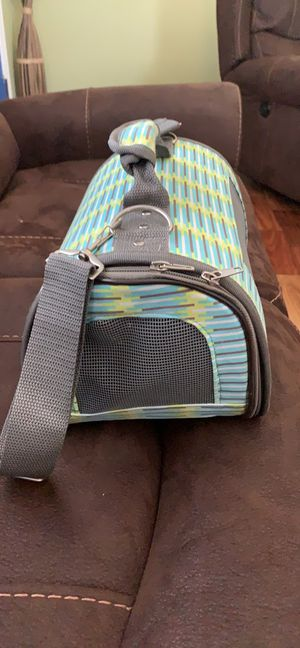 Small pet carrier for Sale in Long Beach, CA