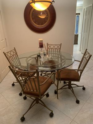 Dining room set, glass top table and four chairs for Sale in Boca Raton, FL
