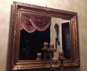 gold frame mirror for Sale in Katy, TX