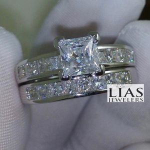 New 18 K White Gold Wedding Ring Set for Sale in Fort Lauderdale, FL